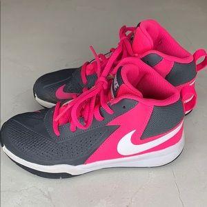 Nike girls athletic shoes